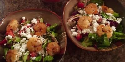 berry shrimp salad
